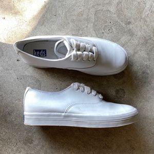 KEDS 5-Eyelets Lace-up Flatform Fashion Sneakers